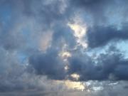 au-coeur-des-nuages-timelapse-by-landcheyenne-poeme-by-moonath-lunivers-des-mots